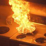 Comment éteindre un feu de cuisine ou de friteuse?